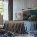 dormitorio en color crema con detelles de cristal